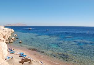 Das Rote Meer ist in Sharm El Sheikh, dem Juwel an der Südspitze der Sinai Halbinsel in Ägxypten, immer nah.
