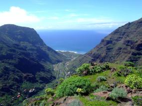 Urlaub auf La Gomera: hier das beeindruckende Valle Gran Rey