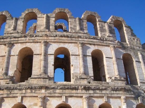 Das Amphitheater von El Djem südlich von Monastir