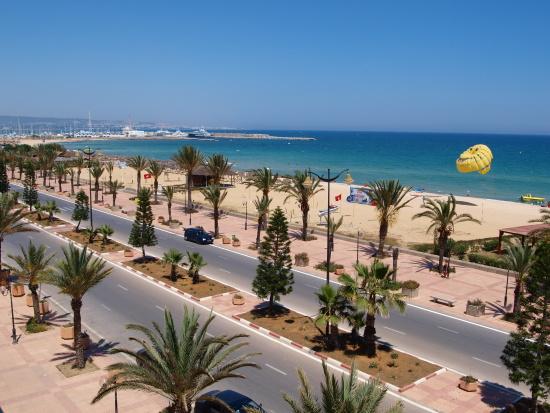 Der schöne Strand von Hammamet in Tunesien